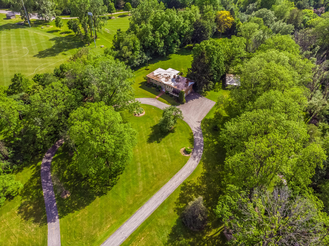 <h3>$1,790,000</h3><p>4143 Colonel Talbot Road, London, Ontario</p>